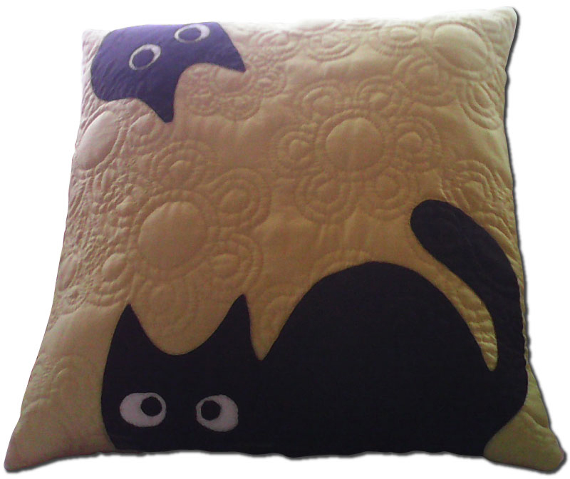 nohira_cat_pillow_800